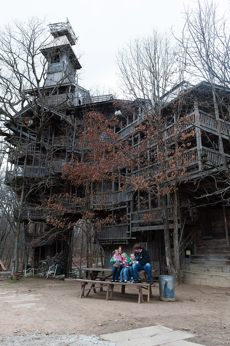 Family picture in front of the preachers tree house in Tennesee.
