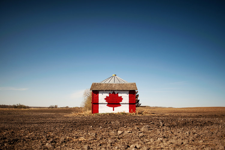 Canadian flag barn.