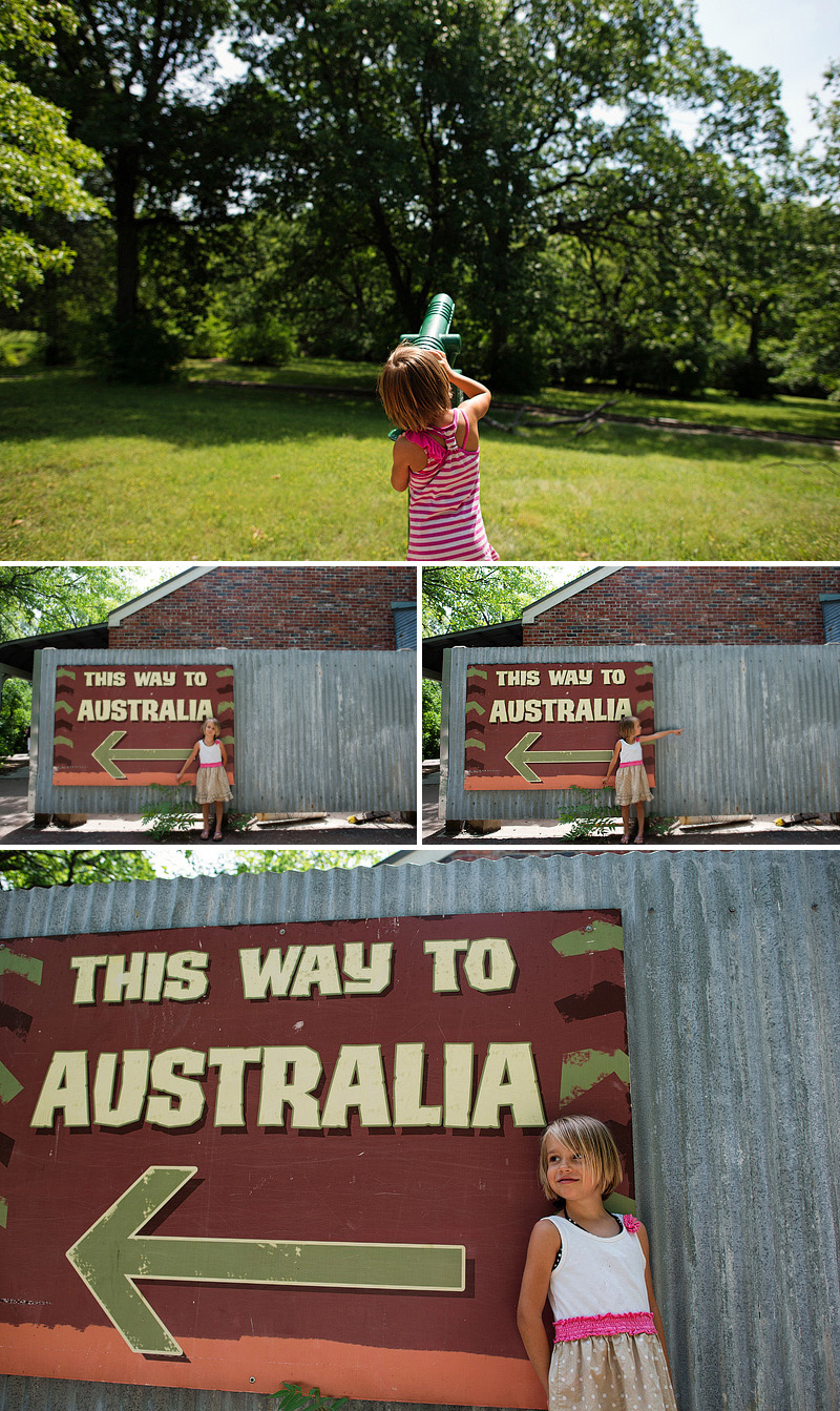 this way to australia sign