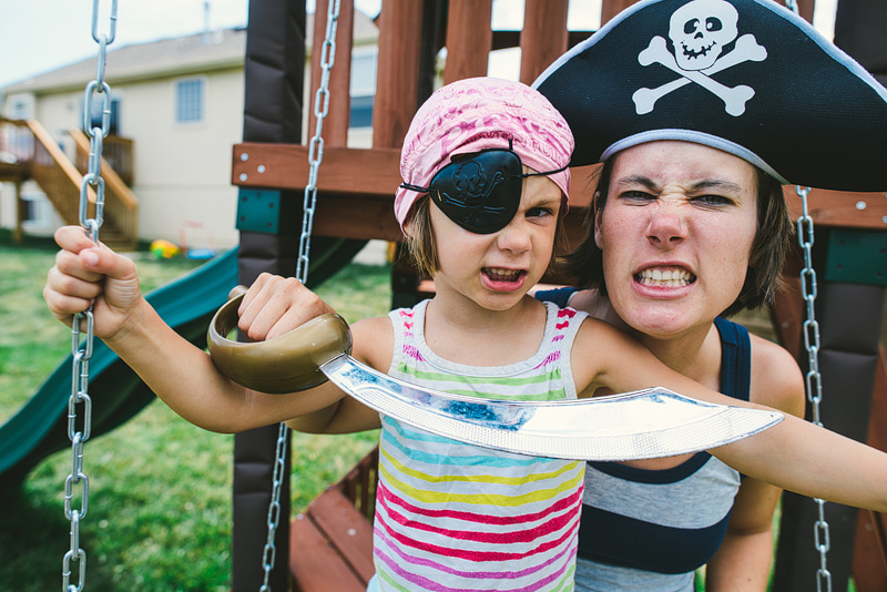 mom and daughter dressed like pirates